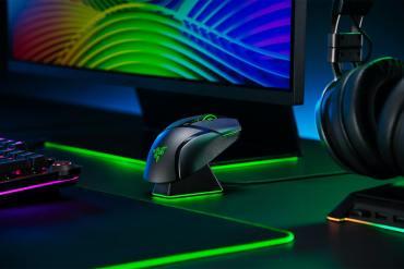 Razer Perkenalkan Duo Mouse Gaming Wireless, Basilisk Ultimate dan Basilisk X HyperSpeed 25