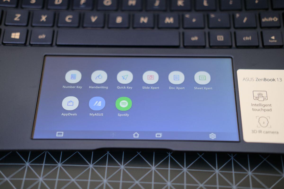 Review ASUS ZenBook 13 (UX334): Laptop Tangguh yang Tipis dan Ringan dengan Dua Layar 16