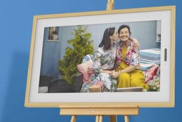 [CES 2020] Lenovo Smart Frame: Bingkai Foto Digital dengan Panel Layar IPS Full HD 21.5 inci 32