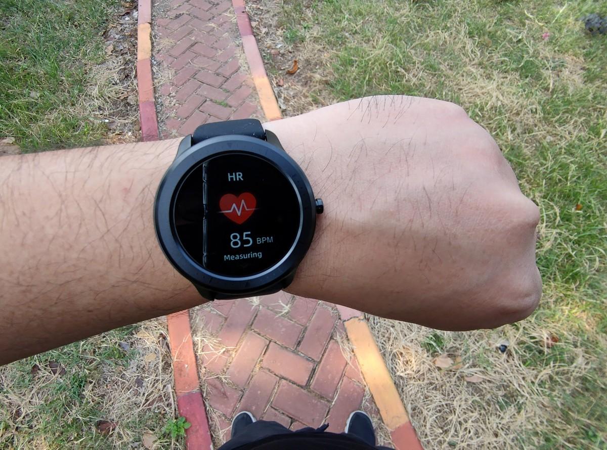 OASE Watch H12W sensor detak jantung