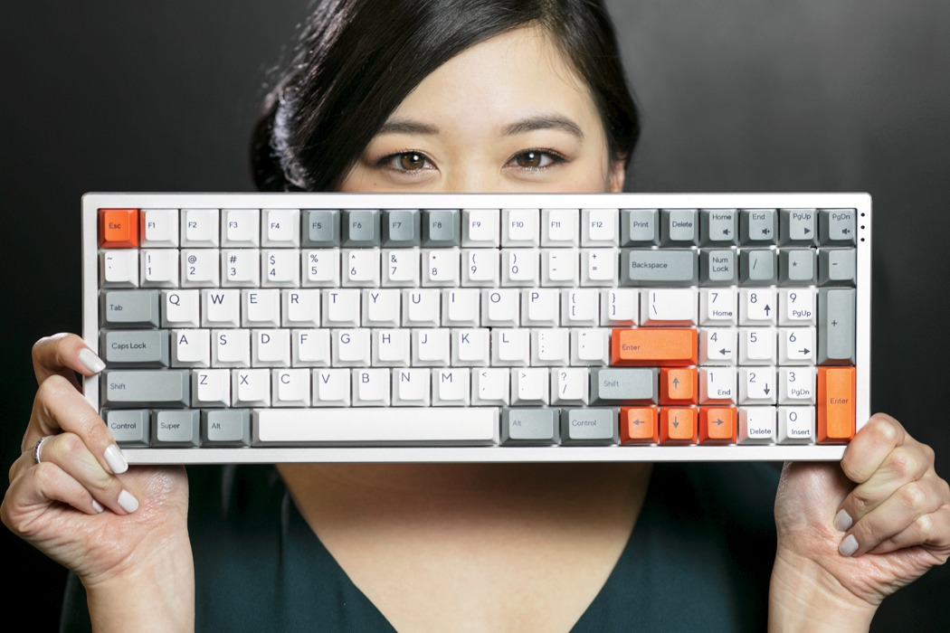 kira_mechanical_keyboard_01