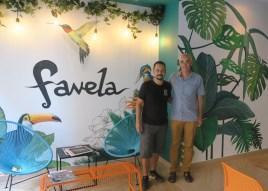 Oscar de Favela Bbistro con Paco Alemany de Yantarplus