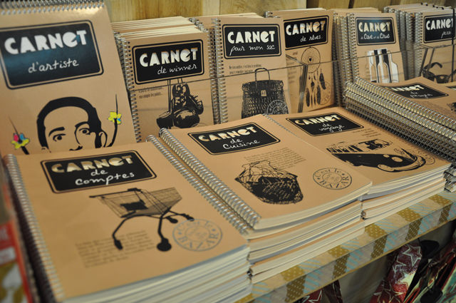 Papeterie: carnets à thèmes