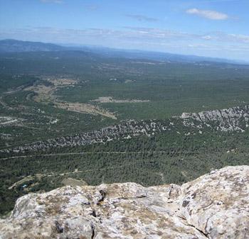 La vue du haut du pic Saint Loup