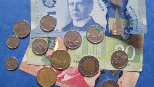 Dollars canadiens - Photo YPFL