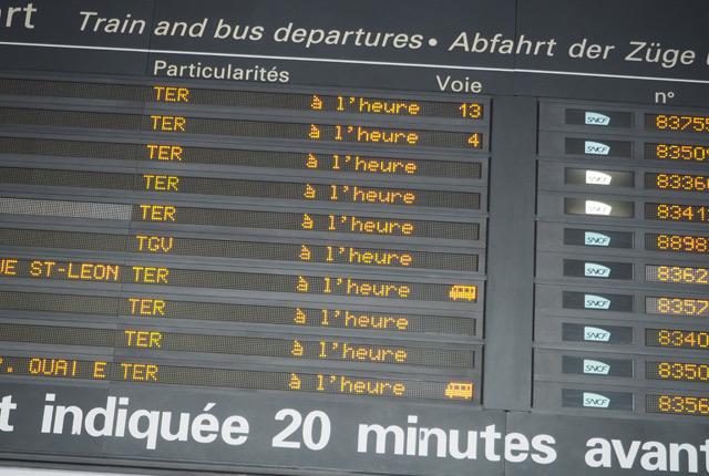 La SNCF est parfois à l'heure, la preuve avec ce tableau des départs!