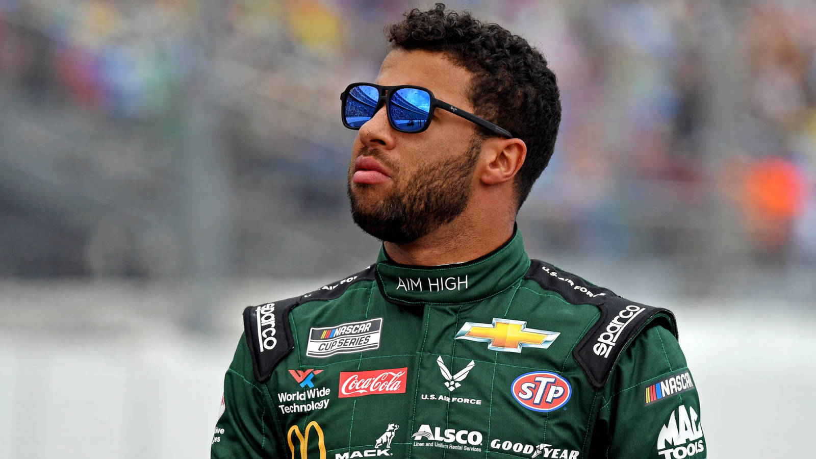 Photo of Bubba Wallace says Confederate flags should be removed from NASCAR tracks