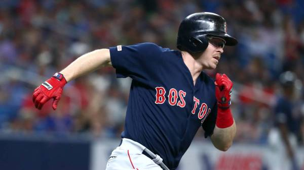 Brock Holt, Brewers reportedly agree to deal
