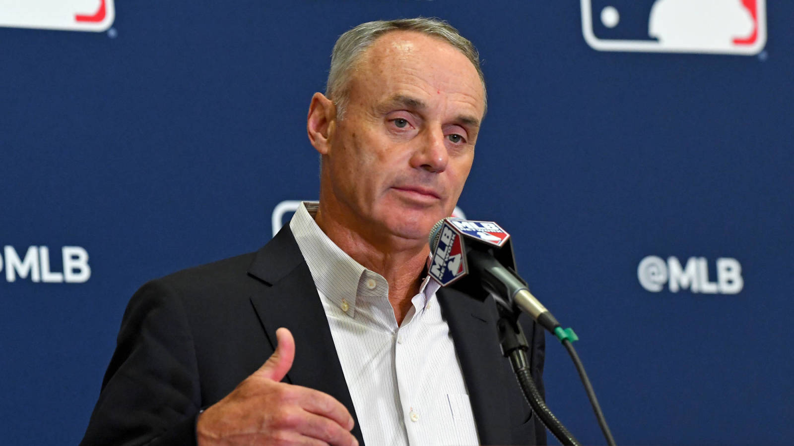 Photo of Commissioner Rob Manfred: MLB can be 'fortunate' to finish 60-game season