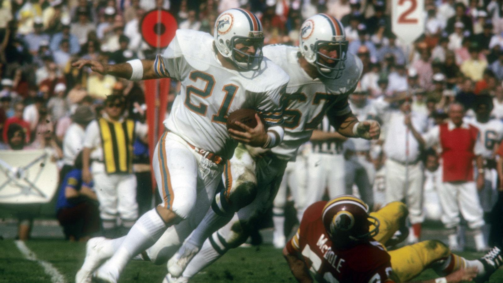 Photo of Miami Dolphins legend Jim Kiick passes away at 73