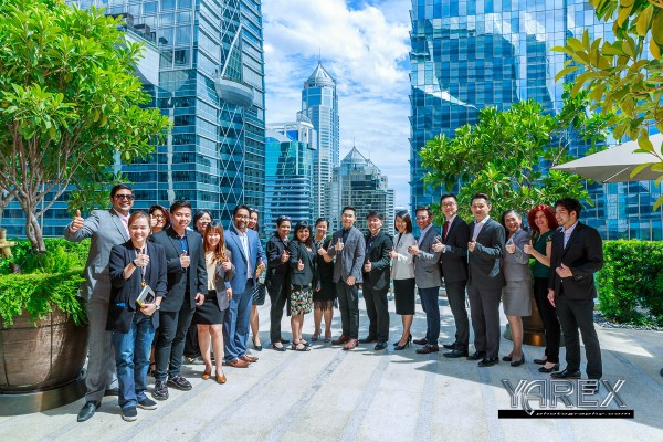 Group Shot at event luncheon in Bangkok. Alight Key Media