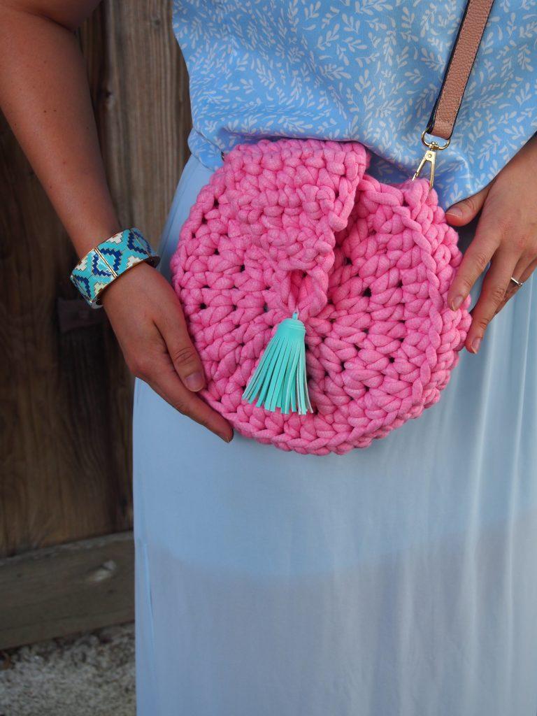 gehäkelte runde Tasche, Textilgarn, Luxus Macaroni, Hobbii, pink, mit Tassel
