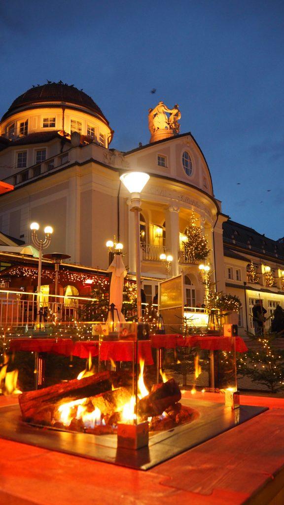 Italien, Südtirol, Meran, Merano, Berge, Weihnachtsmarkt, Reise, Adventszeit