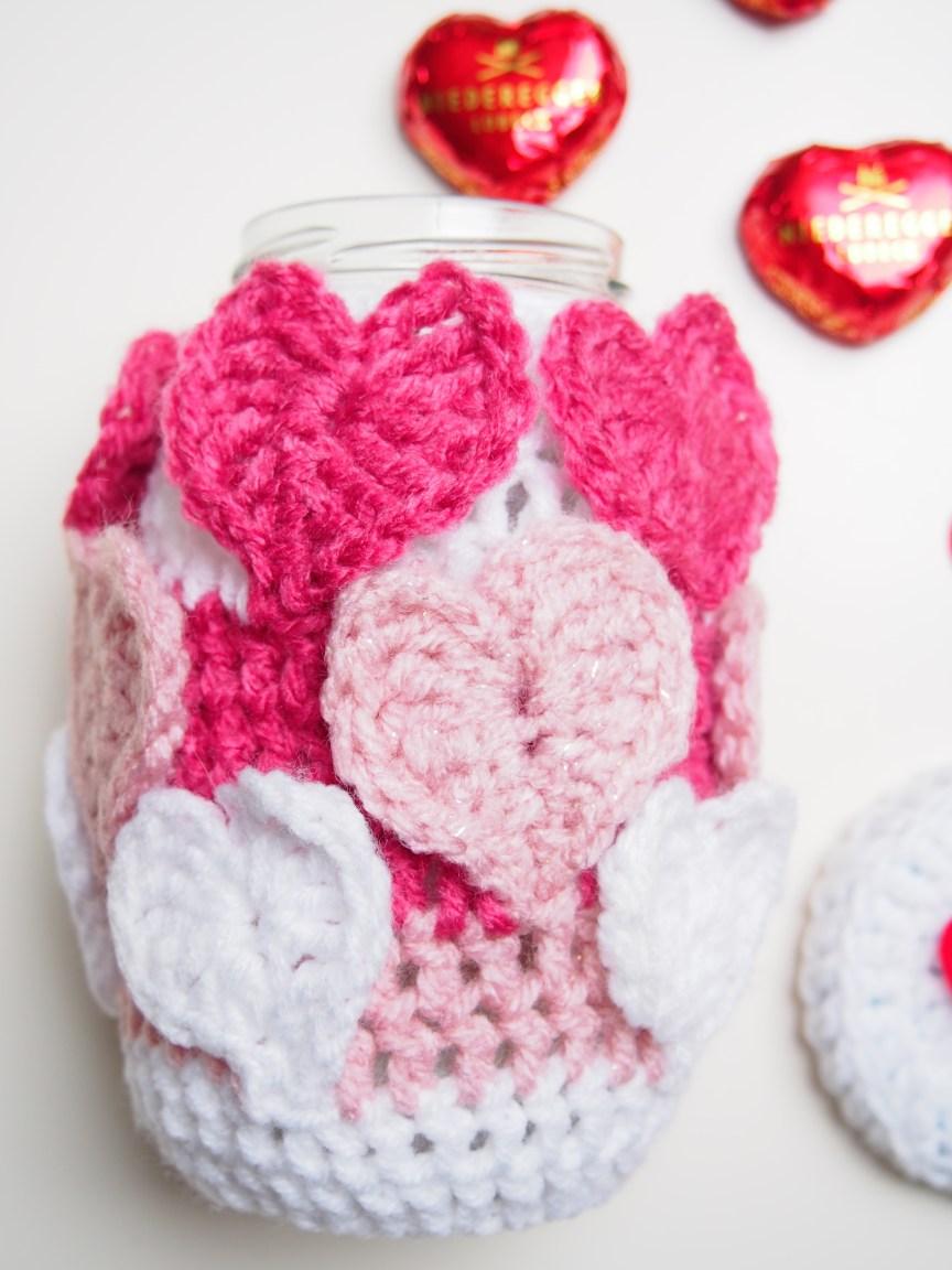 Valentinstag, häkeln, Herz, umhäkeltes Glas, DIY, Herzmuster