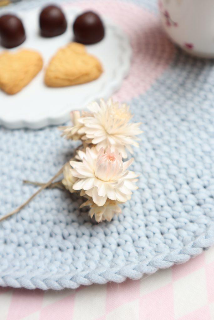 Platzset häkeln, Strohblumen