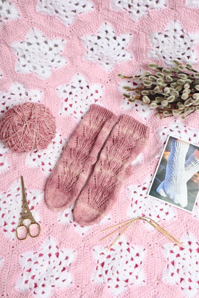 Fruhlingserwachen Socken Kal Yarn Around The World