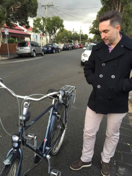 Stylish cycling for gentlemen