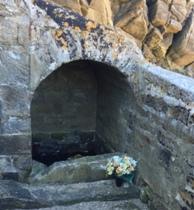 Fontaine Port Goulom Quiberon