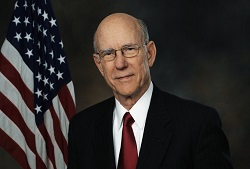 Kansas Eyaleti Senatörü Pat Roberts