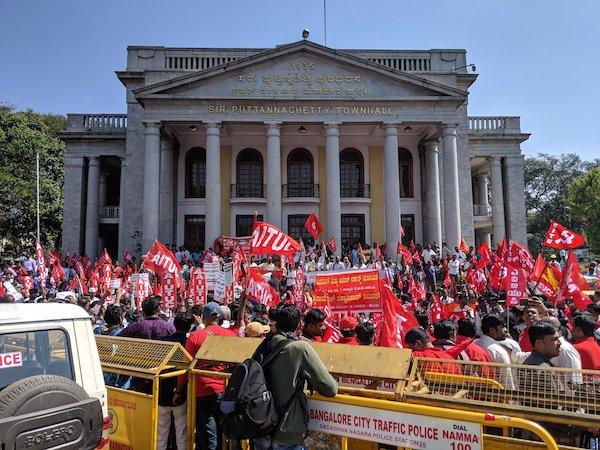 hindistan da genel grev