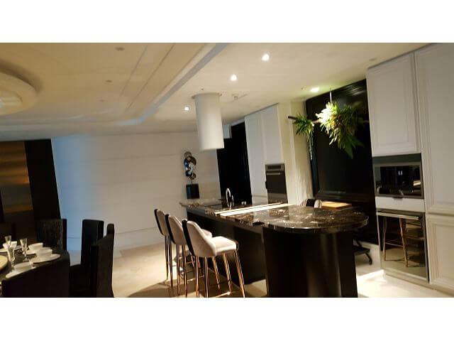 大直豪宅木工裝潢- 緩衝拉門、隱藏式門弓器、圓弧天花板、造型天花板