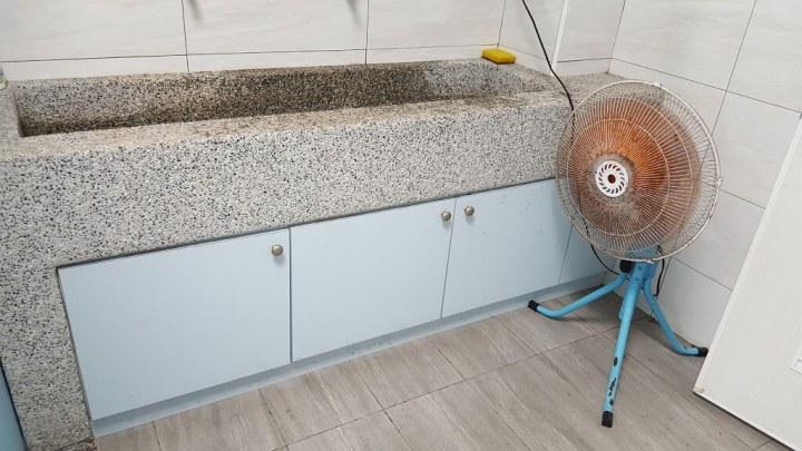 洗手台抿石子工程