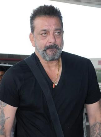 संजय दत्त को सांस लेने में तकलीफ के बाद अस्पताल में भर्ती कराया गया