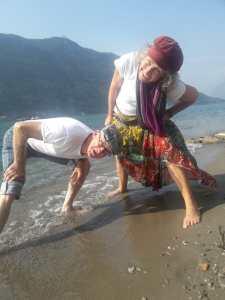 Yasmin & Giri