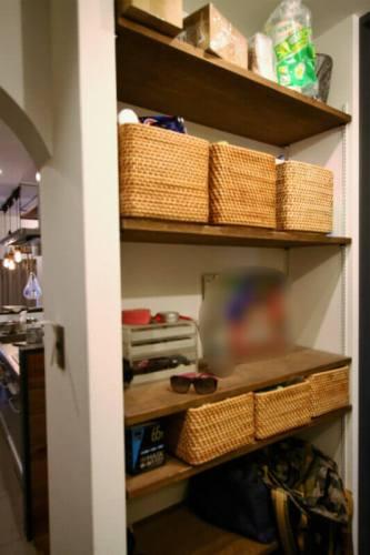 洗面所の後ろの棚