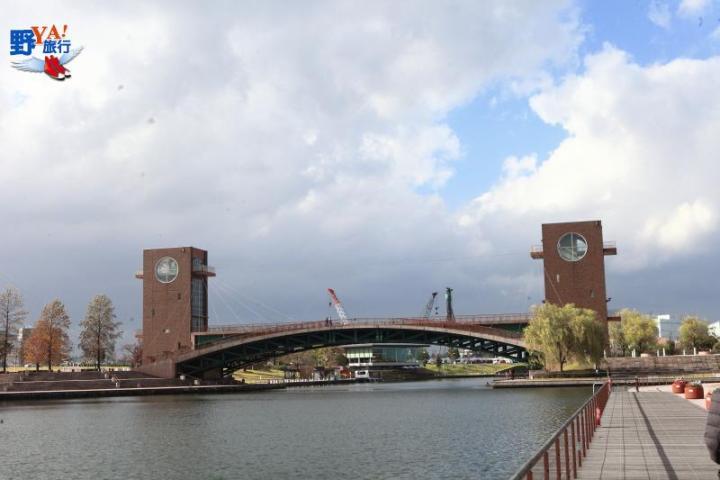 日本第一美的星巴克-富山環水公園店 @YA !野旅行-吃喝玩樂全都錄