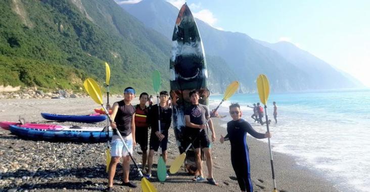 坂下沙灘飆車太平洋划獨木舟,今夏一起探索花蓮山海絕景 @YA !野旅行-玩樂全世界