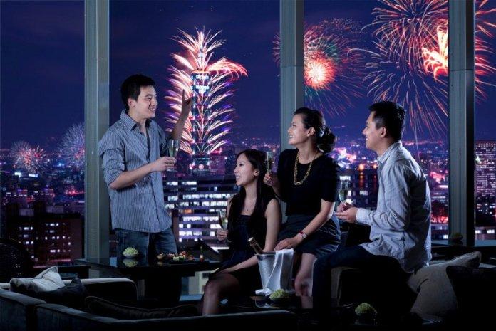 台北晶華跨年嗨翻天  看煙火、迎曙光,玩派對就是不讓你睡 @YA !野旅行-吃喝玩樂全都錄