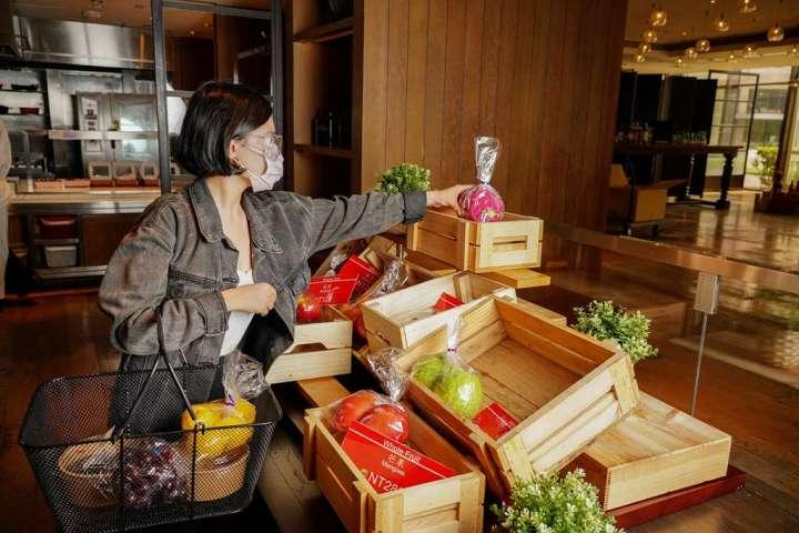 台北君悅酒店凱菲屋換裝出擊 「凱菲食集」全天候精品級外帶搶市 @YA !野旅行-吃喝玩樂全都錄