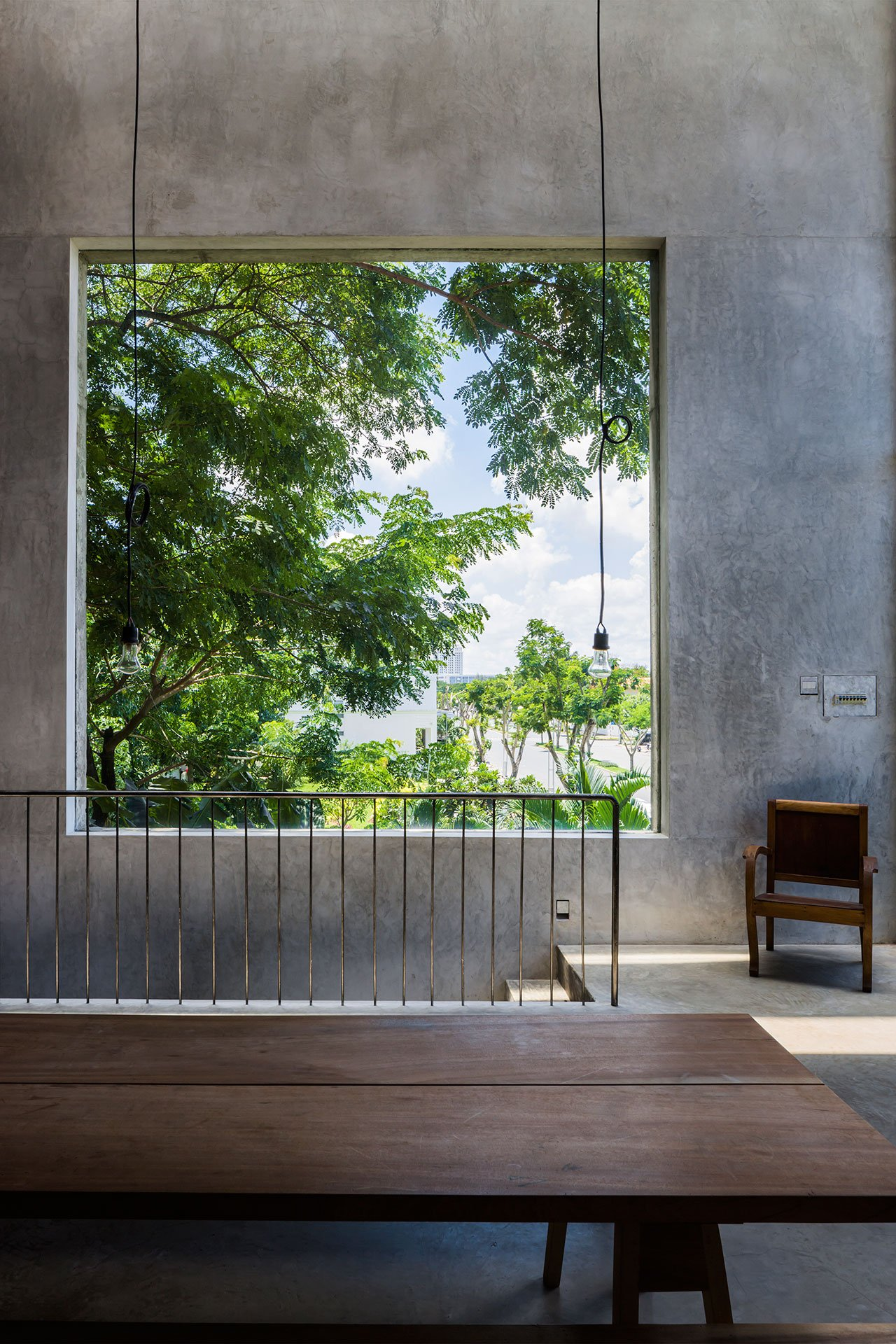 Tropical Shade Thong House In Vietnam By