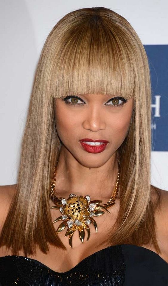perfectly straight bangs with a long straight square