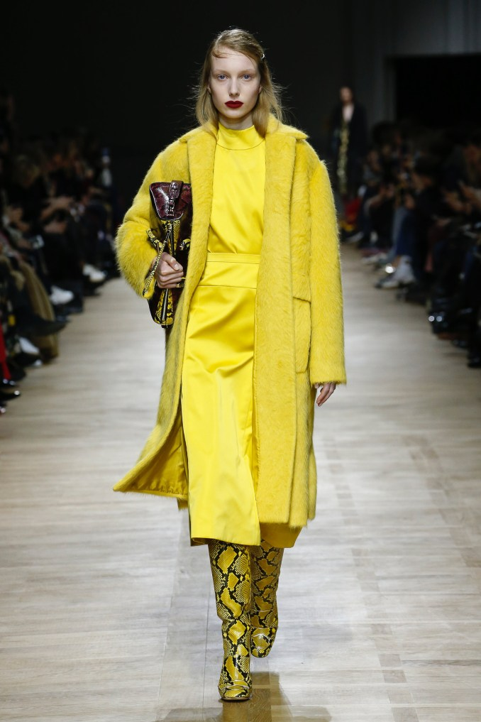 Rochas coat and dress 2019 yellow lemon color with yellow lemon boots snakeskin coloring