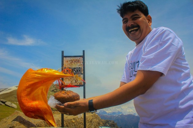 DoW Anniversary cake at Chanshal Pass