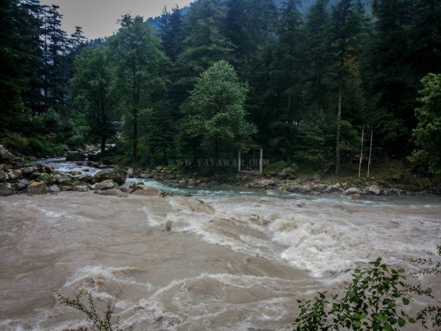 Stream from Kasol meeting Parbati, as viewed from the trail to Chalal