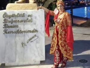 Datça'nın Ramazan Davulcusu Kadın   Haber: Esmeri  Alev Ekebaş