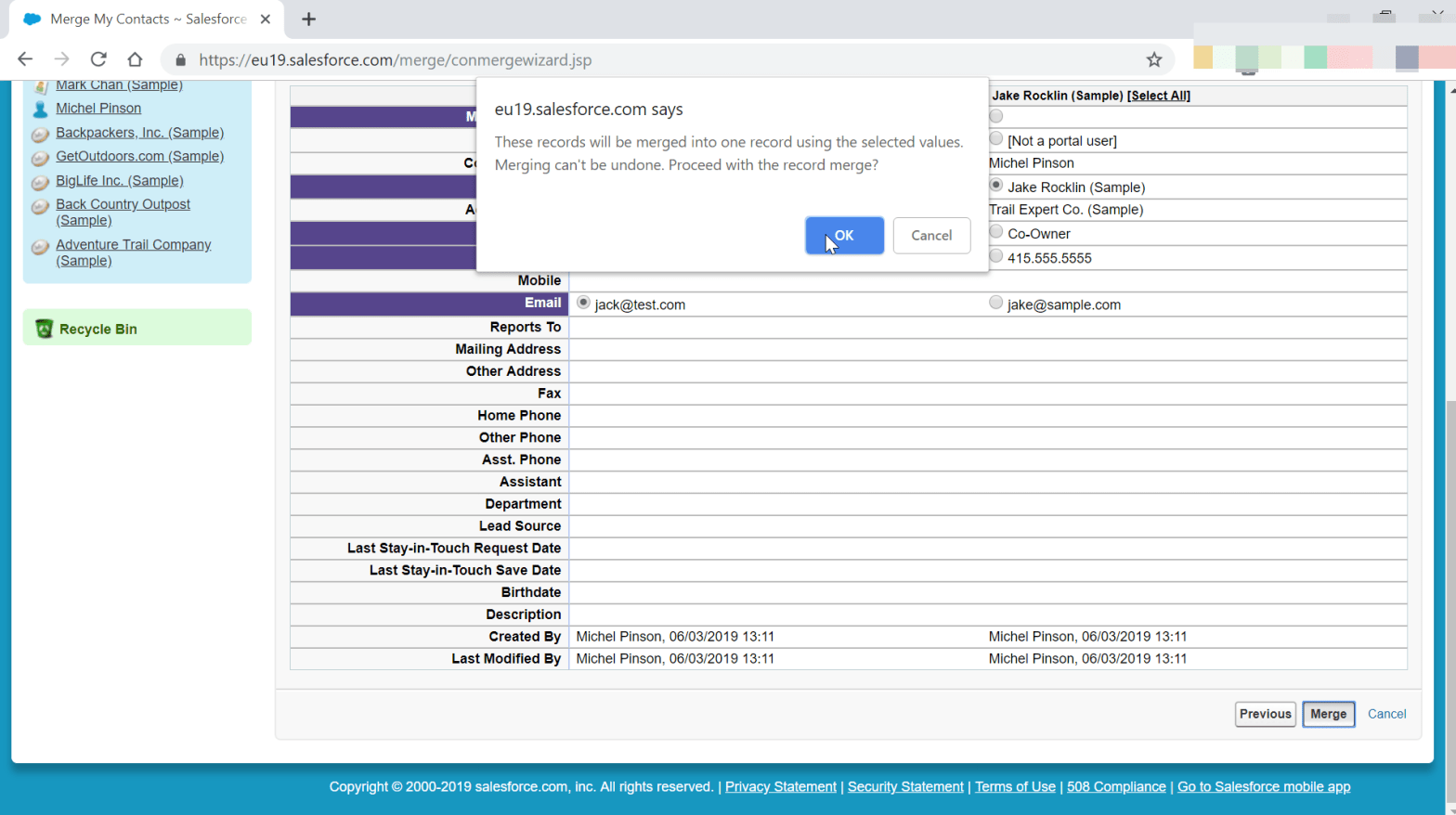 How to merge contacts in SalesForce Classic?