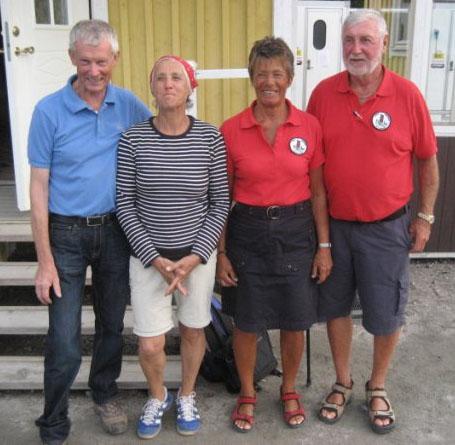 Segrarna från Kärnan, Inger och Ove Löfgren till höger, till vänster