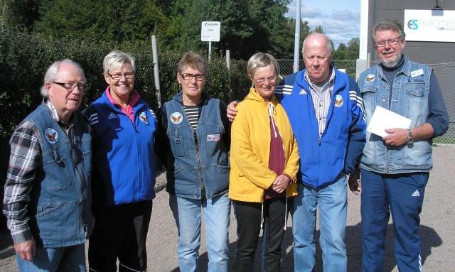 Hökerumslaget som så framgångsrikt knep andra0platsen i slutomgången, fr.v Ronnie Andersson, Lisbeth Persson, Ann-Christin Björklin, Per-Ola Eliasson och Eddy Persson.