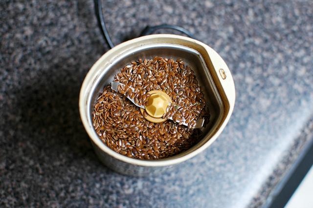 moulin à moudre graines de lin