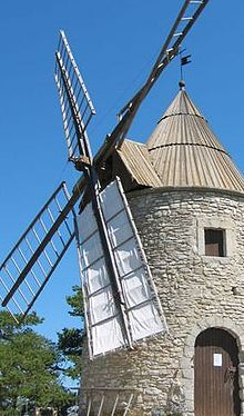 Comment fabriquer moulin vent bois ?