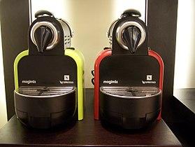 Comment nettoyer une machine a café saeco ?