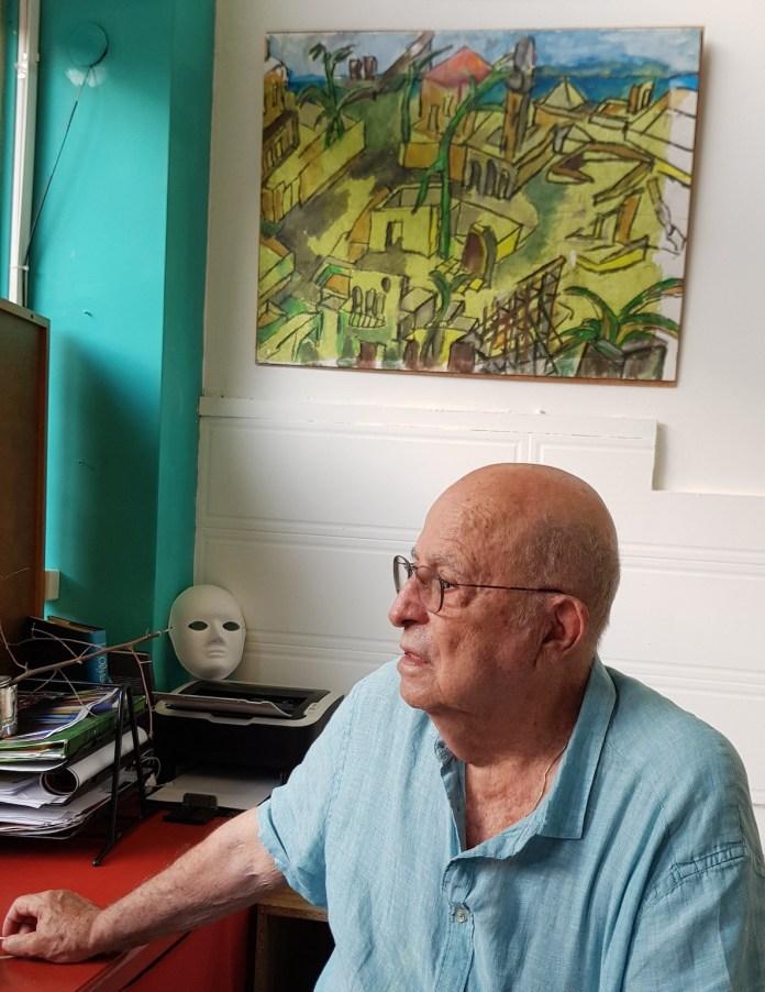 נחום כהן בתערוכתו ״מסעות״