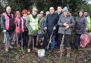 Wickford Wombles receive new litter pickers from council clean-up fund