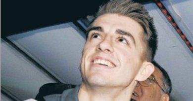 Basildon celebrates as gymnast Max hits gold standard again