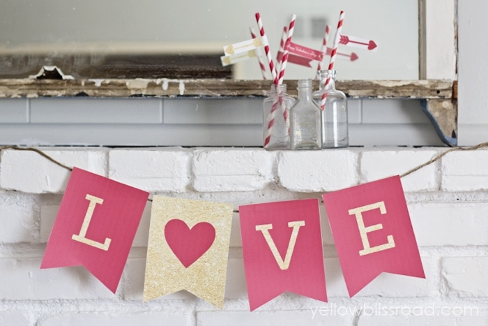 Free Printable LOVE Valentine Banner in Red and Gold Glitter