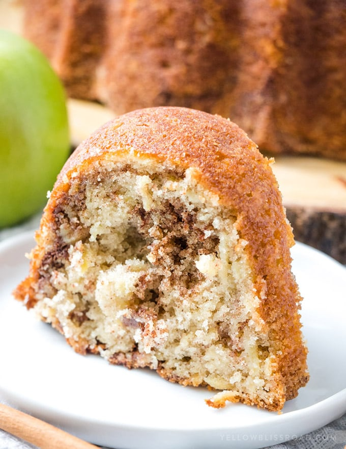 Easy Apple Bundt Cake